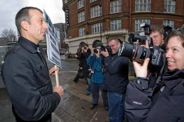 NUJ Photographers protest